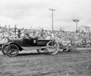 Model_T_tractor